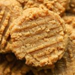 KETO COOKIES | LOW CARB PEANUT BUTTER COOKIE RECIPE MADE WITH ALMOND FLOUR IN 15 MINUTES