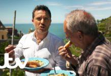 Gino D'Acampo's Italian Vegetable Soup With Cheesy Ciabatta |  Gino's Italian Express