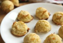 Low Carb Keto Coconut Macaroon Cookie Recipe | Easy Keto Recipes For Beginners